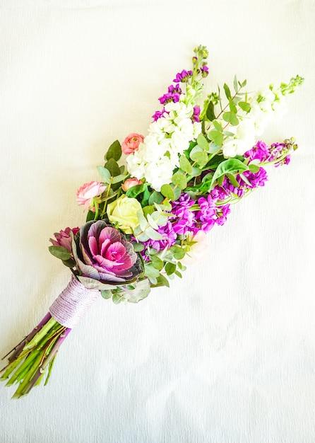 美しい夏の花束 Premium写真