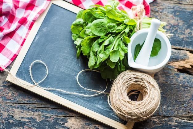 Концепция органических продуктов питания Premium Фотографии