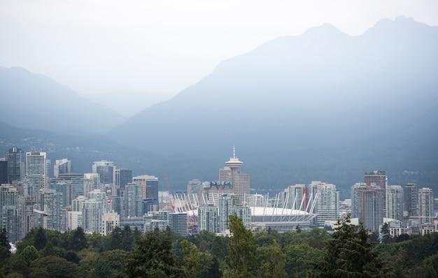 Горизонты города ванкувер, британская колумбия, канада Premium Фотографии