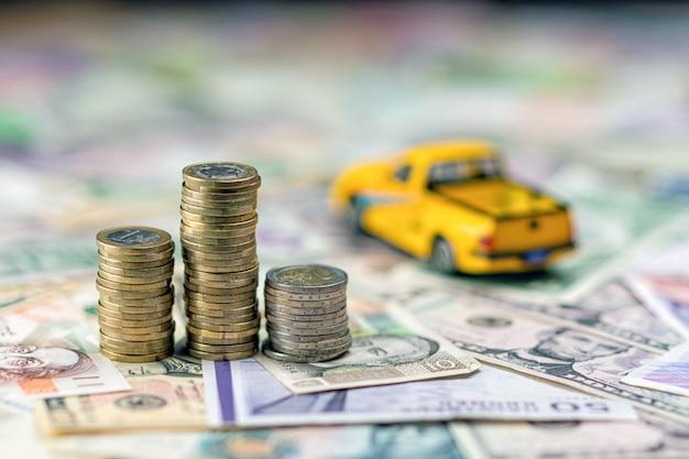 車とお金の概念 Premium写真