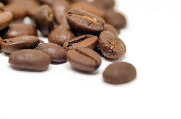 Изолированные семена кофе Premium Фотографии