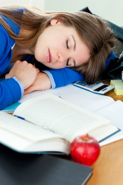 sleepy-girl-examination