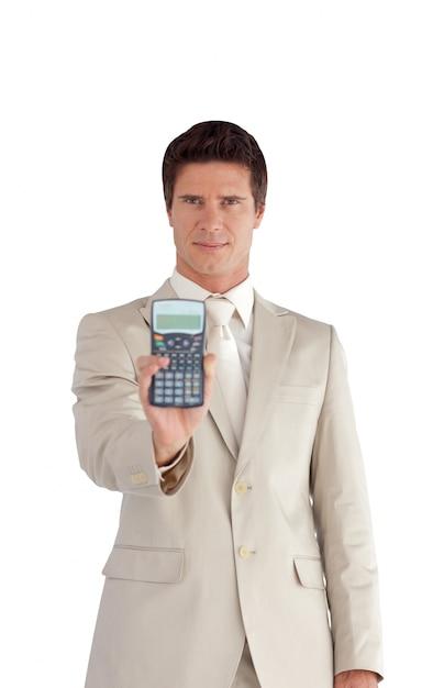 ビジネスマン、計算機、笑顔 Premium写真