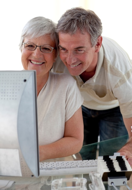 Best Rated Online Dating Sites For Seniors