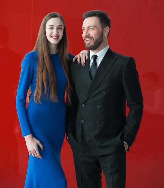 男性と女性のイブニングドレス Premium写真