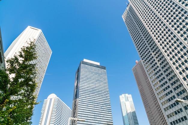 高層ビルと青空 - 東京都新宿区 無料写真
