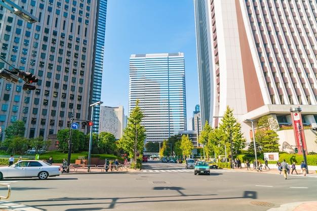 高層ビルと青空 無料写真