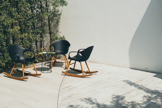 Терраса и кресло Premium Фотографии