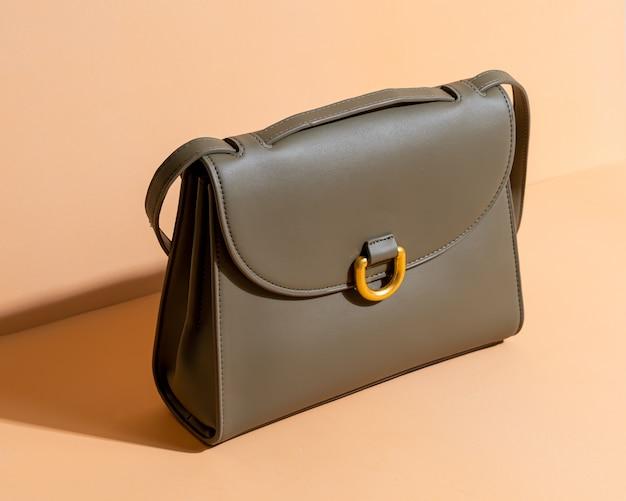 女性革ファッションバッグ Premium写真