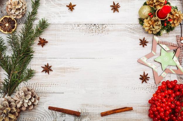Рождественский фон вид сверху плоский лежал копией пространства Premium Фотографии