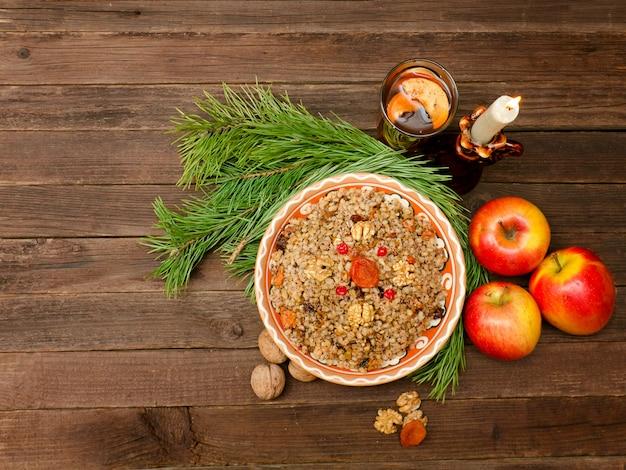 クリスマスイブの伝統的なスラブ料理 Premium写真