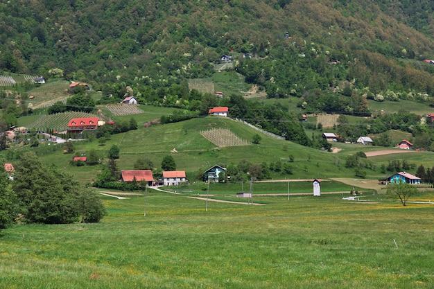 スロベニアの山の村 Premium写真