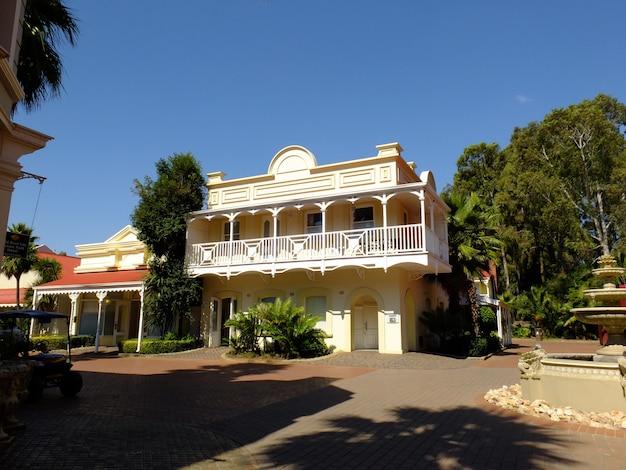 ゴールドリーフシティ、ヨハネスブルグ、南アフリカのビンテージハウス Premium写真