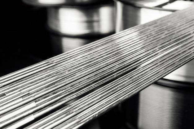 溶接ワイヤ、ステンレス鋼 Premium写真