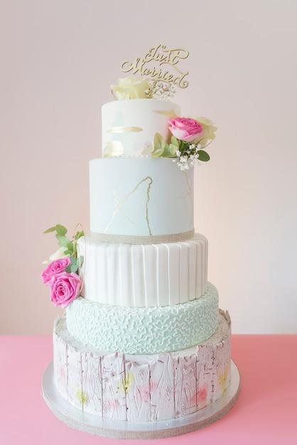 Свадебный пирог Premium Фотографии