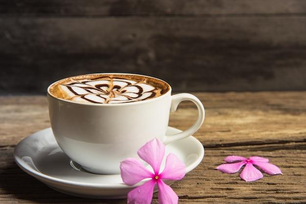 コーヒーカップ Premium写真