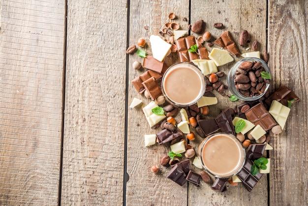 甘いチョコレートリキュール Premium写真