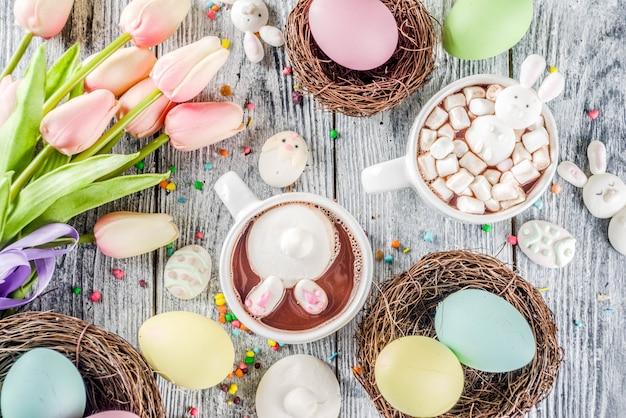 イースター面白いホットチョコレート Premium写真