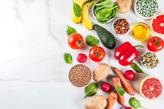 健康食品の背景、トレンディなアルカリダイエット製品 Premium写真