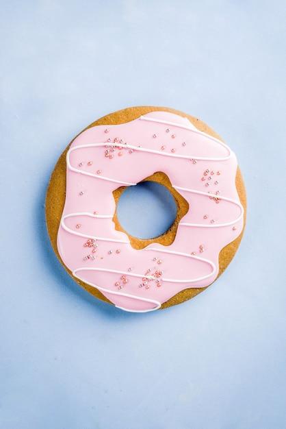 お菓子の創造的なレイアウト、デザートコンセプト Premium写真