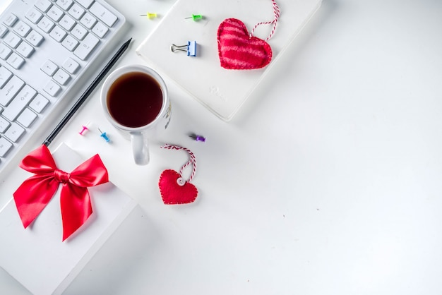 Секретная валентина офисная игра Premium Фотографии