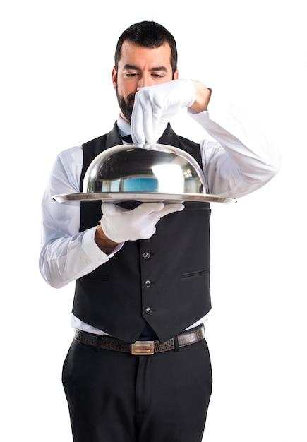 Официант с подносом картинка