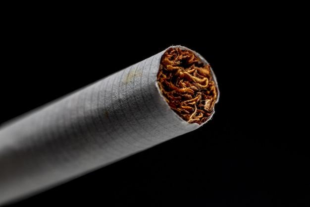 タバコの詳細 Premium写真
