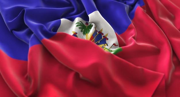 Флаг гаити украл красиво машущий макрос крупным планом Бесплатные Фотографии
