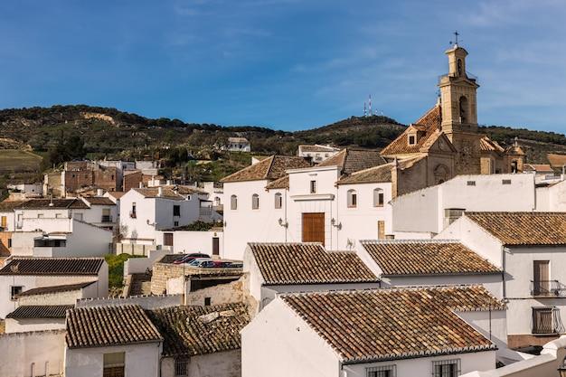 Пейзаж из старого города антекера. испания. Premium Фотографии