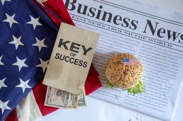 ハンバーガーとビジネス Premium写真