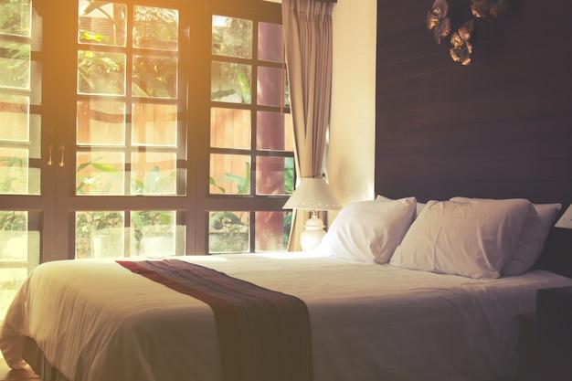 豪華なベッドルームデザイン 無料写真