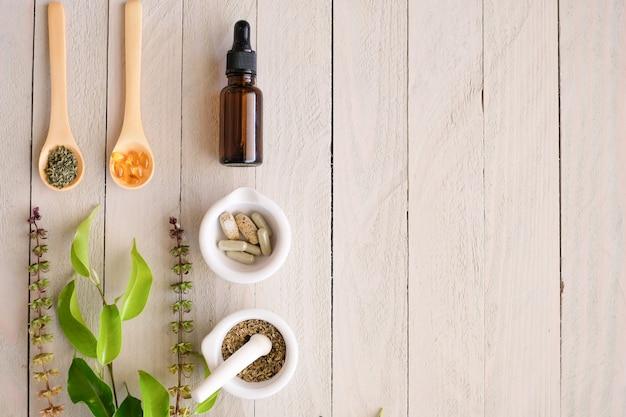 Травяной органический продукт медицины. Premium Фотографии