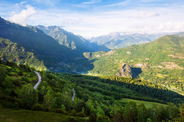 Лес горы пейзаж. пиренеи Бесплатные Фотографии
