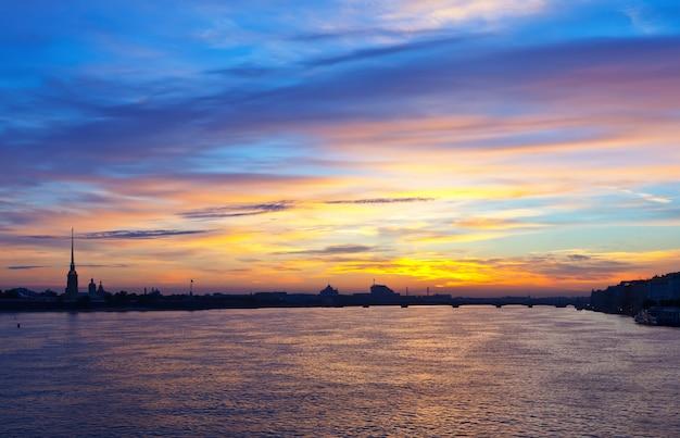 朝のサンクトペテルブルクの眺め 無料写真