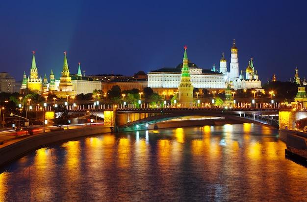 夏の夜のモスクワ・クレムリン 無料写真
