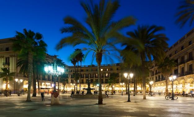 バルセロナのプラカ・リアアルの夕べ 無料写真