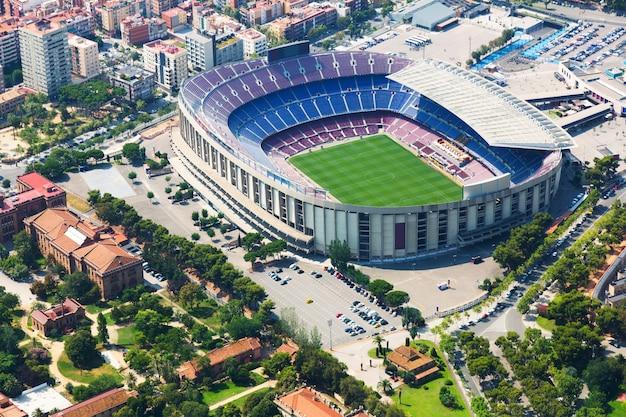 Стадион барселоны с вертолета. испания Бесплатные Фотографии