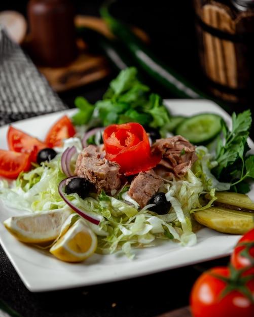 Салат из аббасов с мясом Бесплатные Фотографии