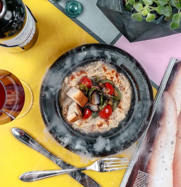 揚げ野菜のトーストプレート 無料写真