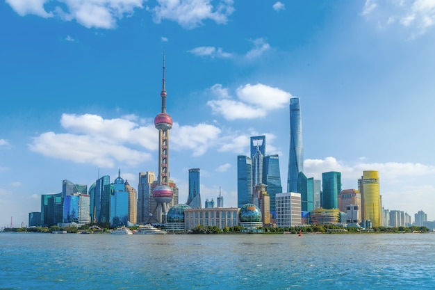 タワーオフィスの超高層ビルパークの地平線の色 無料写真
