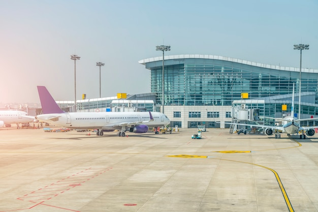 空港ターミナル 無料写真