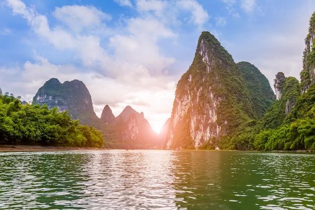 丘陵自然の中国緑 無料写真