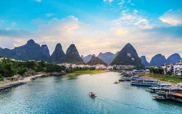 桂林、広西の美しい風景 Premium写真