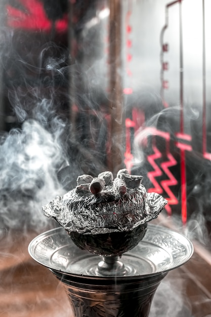 Ананасовый кальян с углем сверху сверху Бесплатные Фотографии