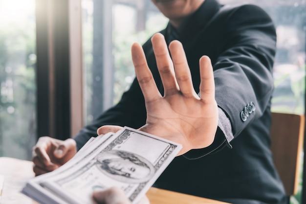 Концепции борьбы с взяточничеством и борьбы с коррупцией Premium Фотографии