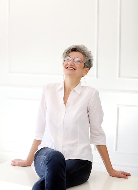 Счастливая бабушка Бесплатные Фотографии
