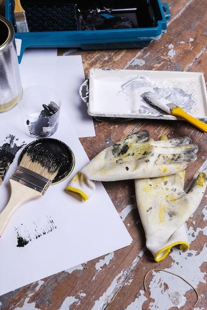 Черная краска на столе Бесплатные Фотографии