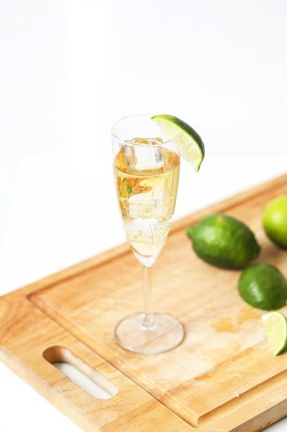 シャンパンのグラス 無料写真
