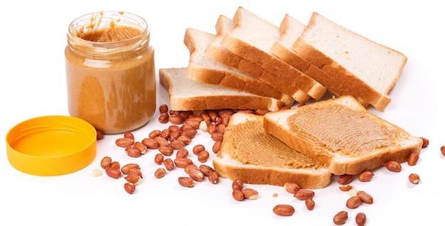 Вкусное арахисовое масло на столе Бесплатные Фотографии