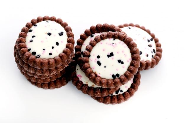 Вкусные печенья на столе Бесплатные Фотографии